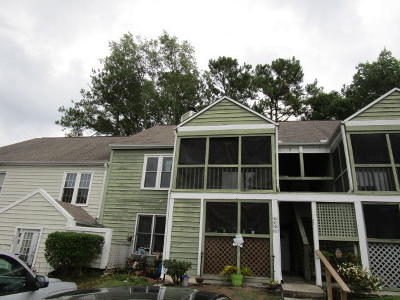 Attached For Sale: 905 Peacock Place