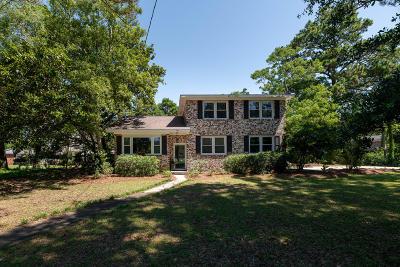 Charleston Single Family Home For Sale: 775 Sparrow Street