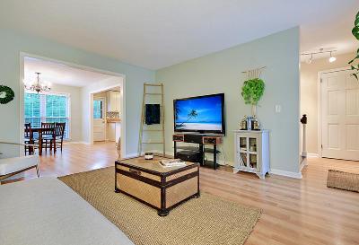 Mount Pleasant SC Attached For Sale: $329,900