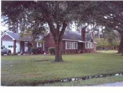 Walterboro Single Family Home Contingent: 309 Maplewood Drive