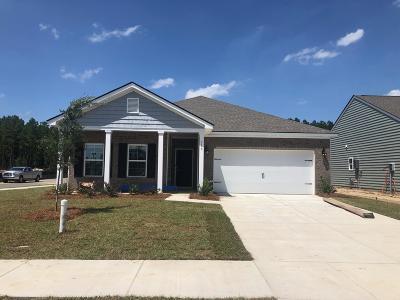 Goose Creek Single Family Home For Sale: 118 Sumac Drive
