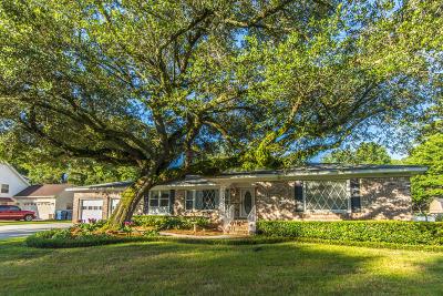 Charleston SC Single Family Home For Sale: $325,000