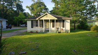 Johns Island Single Family Home For Sale: 690 & 692 Hughes Road