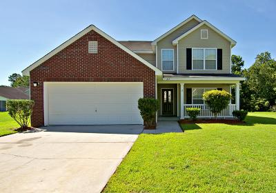 Goose Creek Single Family Home For Sale: 217 Waterbrook Drive