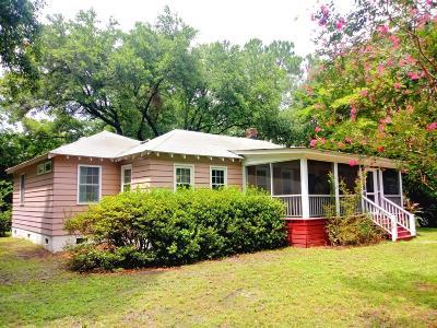 Charleston Single Family Home For Sale: 1720 Wappoo Drive