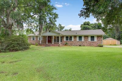 Goose Creek Single Family Home For Sale: 105 Middleton Drive