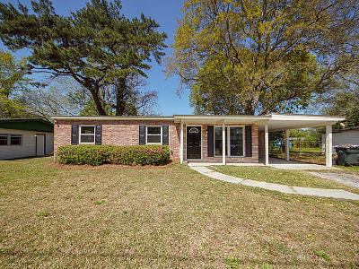 Charleston Single Family Home For Sale: 1520 Kirkless Abbey Drive