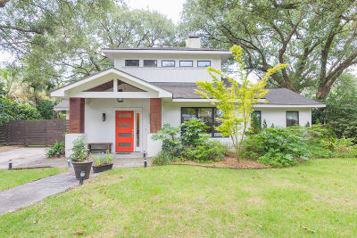 Charleston Single Family Home For Sale: 2023 Parkway Drive