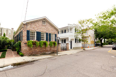 Charleston County Single Family Home For Sale: 152 Tradd Street