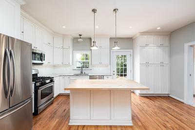 Single Family Home For Sale: 368 Ashley Avenue