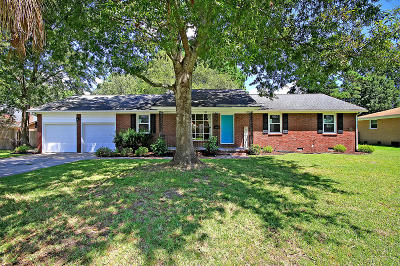 Charleston Single Family Home For Sale: 2436 Tiffany Drive