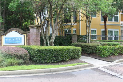 Charleston SC Attached For Sale: $156,000