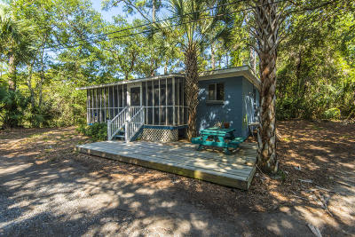 Folly Beach Single Family Home For Sale: 3 Red Sunset Lane