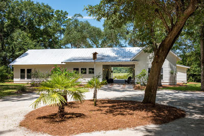 Edisto Island Single Family Home For Sale: 8440 Chisolm Plantation Road