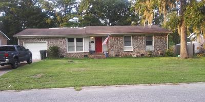 Ladson Single Family Home Contingent: 370 Oxford Road