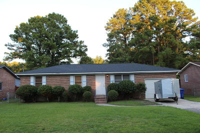 Single Family Home Contingent: 840 Hitching Post Road