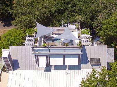 Folly Beach Single Family Home For Sale: 304 E Erie Avenue