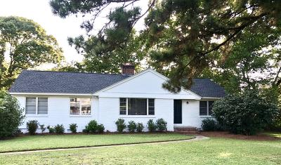 Single Family Home For Sale: 990 Lansing Drive