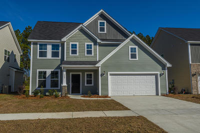 Summerville Single Family Home For Sale: 343 Saxony Loop