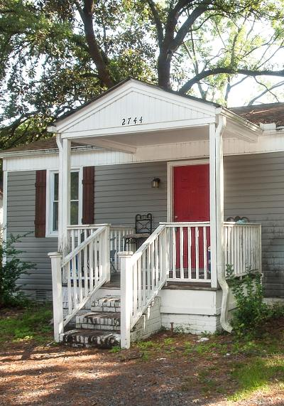 North Charleston Single Family Home Contingent: 2744 Saratoga Road