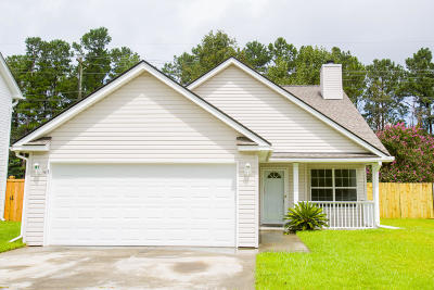 Goose Creek Single Family Home For Sale: 277 Hastings Drive