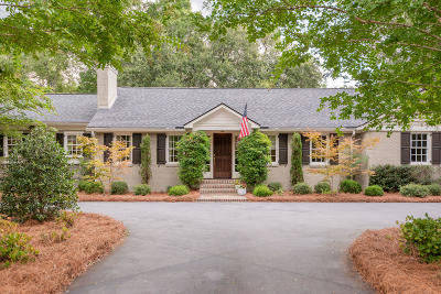 Mount Pleasant Single Family Home Contingent: 1025 Tall Pine Road