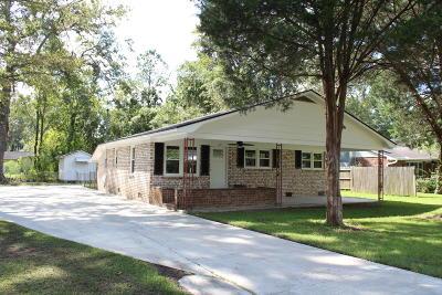 Goose Creek Single Family Home For Sale: 120 Cannon Avenue