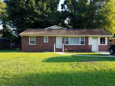 Charleston Single Family Home For Sale: 2413 Lantern Street