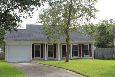 Goose Creek Single Family Home For Sale: 106 Shropshire Street