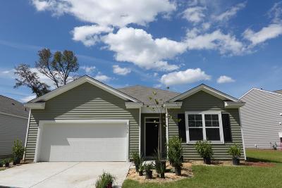 Single Family Home Contingent: 2636 Alamanda Drive