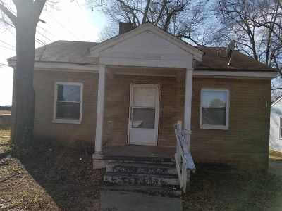 Single Family Home For Sale: 412 Brown Street