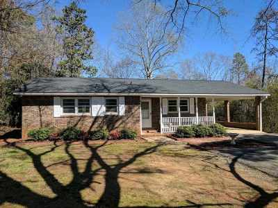 Seneca SC Single Family Home Sold: $94,750