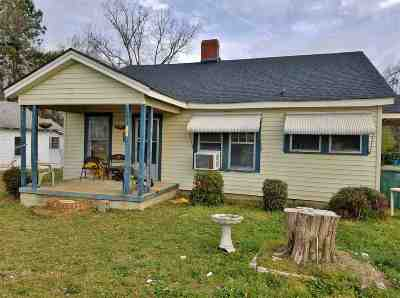 Single Family Home Sold-Co-Op By Mls Member: 219 Lida Fant Ave