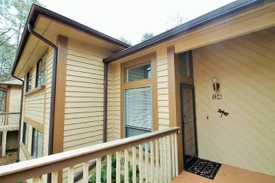 Townhouse For Sale: 134 E Blue Heron Drive