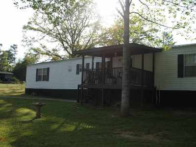 Mobile Home Sold-Co-Op By Mls Member: 203 Glenna Drive