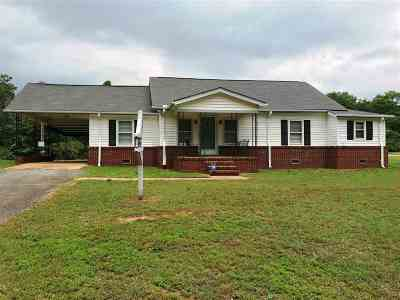 Single Family Home Under Contract: 131 Jackson Circle