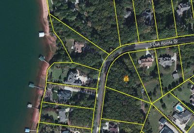 Residential Lots & Land For Sale: 153 S Oak Pointe Drive
