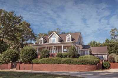 Clemson Single Family Home For Sale: 573 Issaqueena Trl