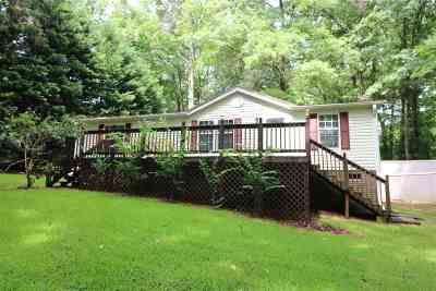 Mobile Home For Sale: 110 Beaver Lane