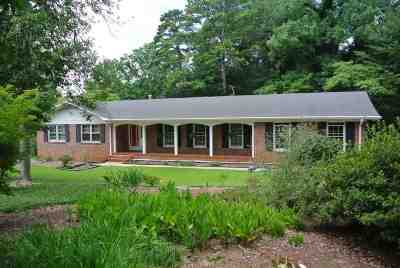Clemson Single Family Home For Sale: 226 Camelot Road