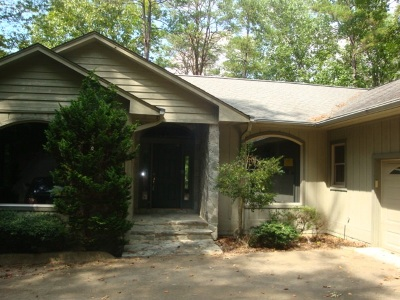 Oconee County Single Family Home For Sale: 38 Channel Lane