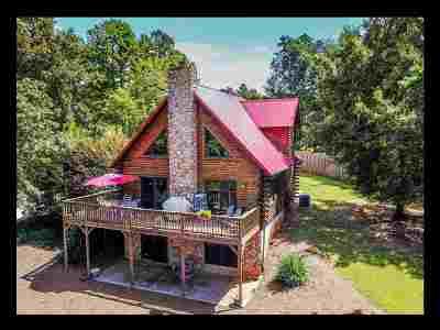 Single Family Home For Sale: 809 Windrush Lane