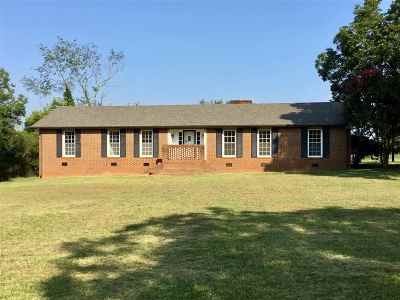 Single Family Home For Sale: 817 Broadway School Road