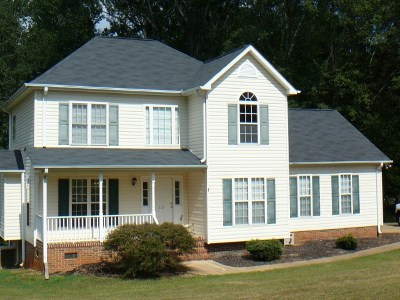 Regency Woods Single Family Home Under Contract: 105 Coachman Ct