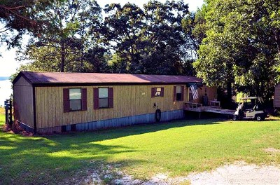 Mobile Home For Sale: 1111 Sunset Lane