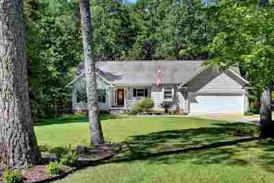 Single Family Home For Sale: 113 Cane Creek Harbor