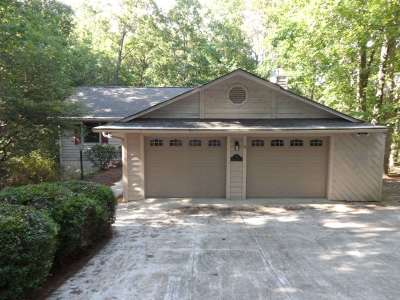 Oconee County Single Family Home For Sale: 15 Blowing Fresh Dr