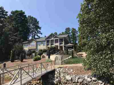 Single Family Home For Sale: 118 Shelter Cove