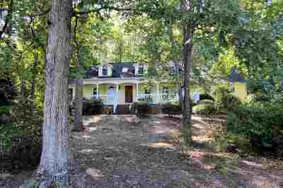 Single Family Home For Sale: 19 Westwind Court
