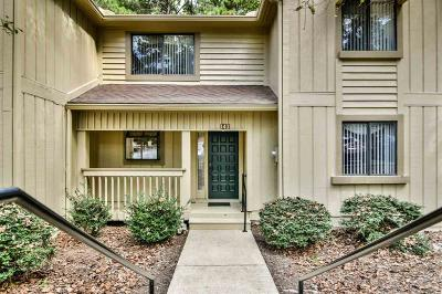 Keowee Key Townhouse For Sale: 143 Harbor Lights Drive
